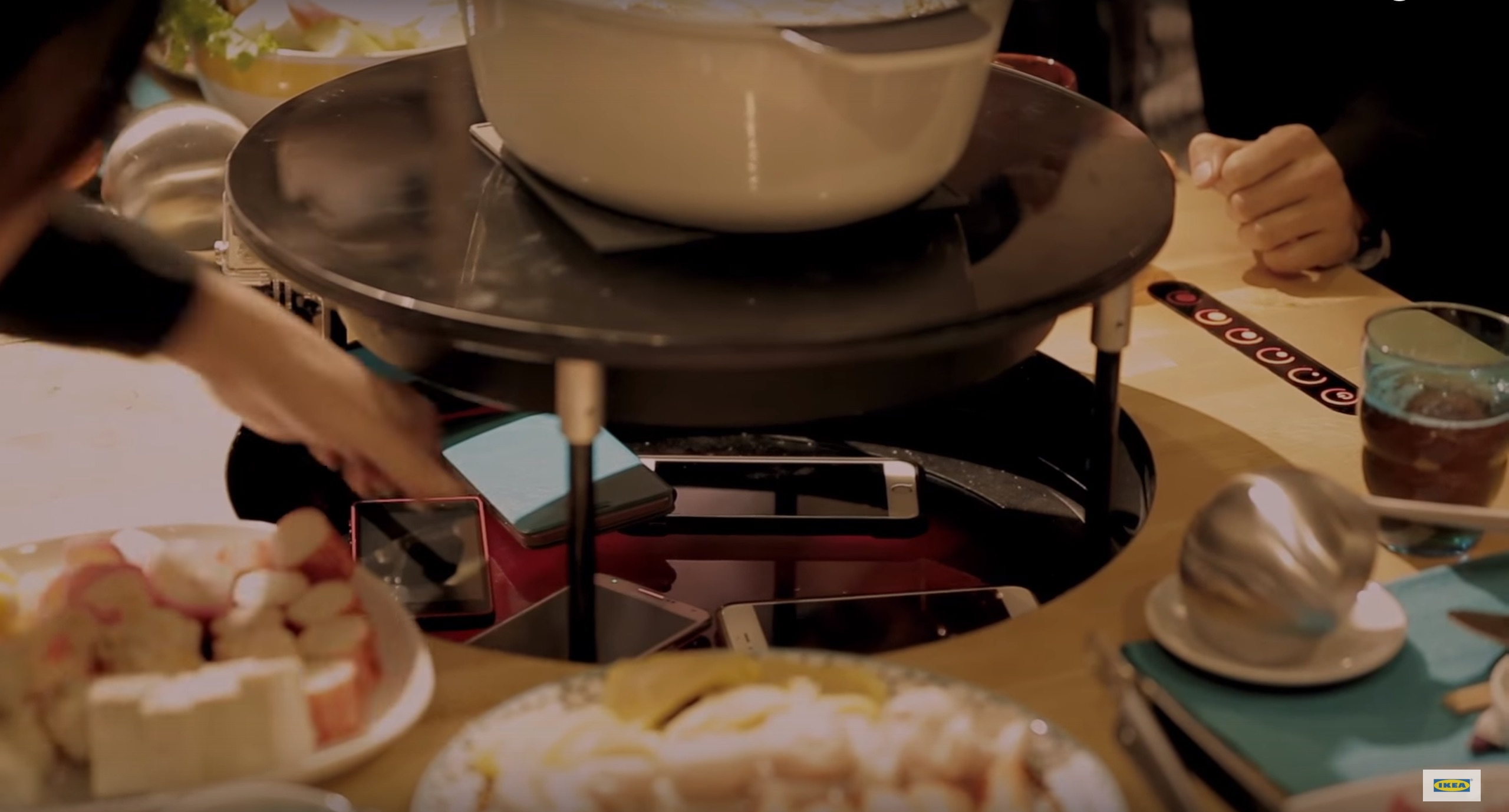 This hot-plate from IKEA in Taiwan might revolutionize how we interact at dinner