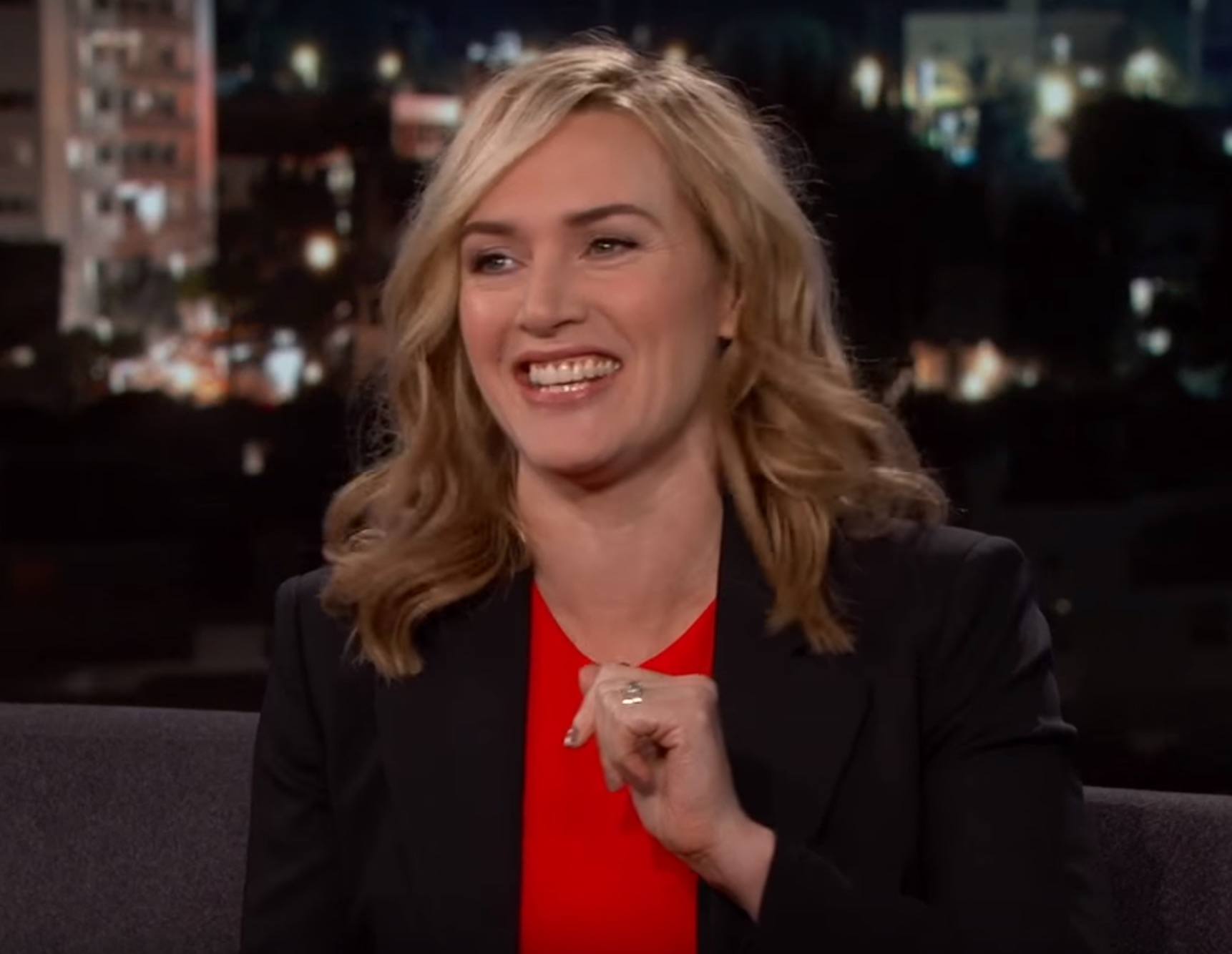 Kate Winslet confirms that winning awards feels as awesome as it looks