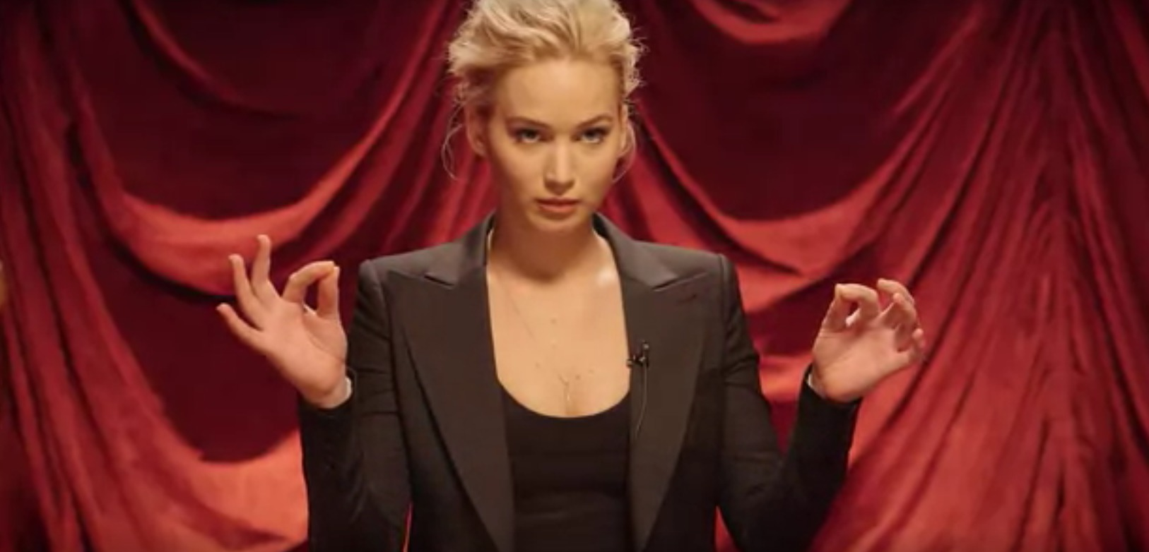 Jennifer Lawrence is good at everything, including miming