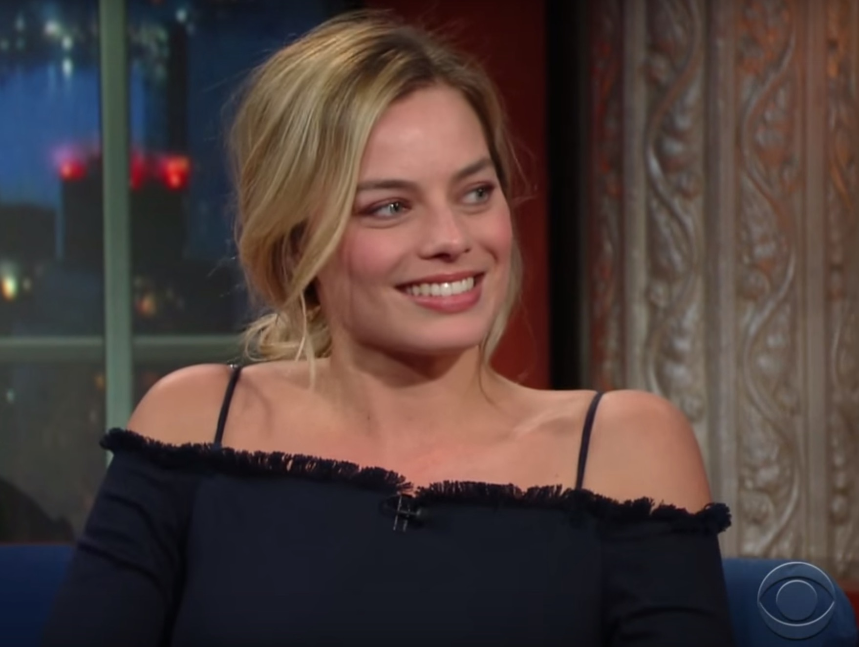 "Margot Robbie gave tattoos to the entire cast of ""Suicide Squad"""