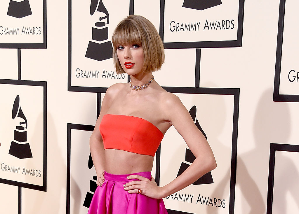 Taylor Swift just debuted her super short new hair at the Grammys and it's stunning