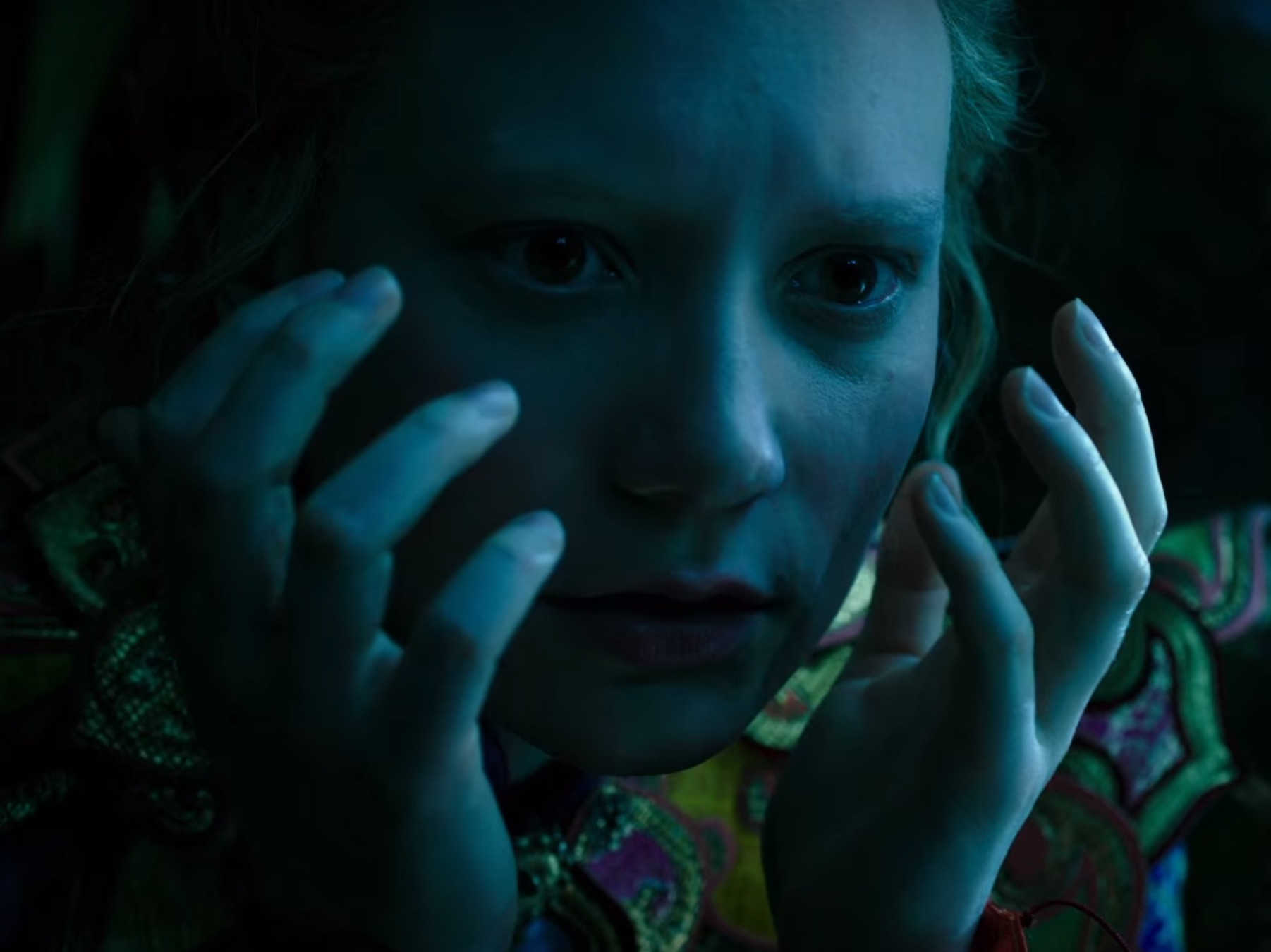 "Here's the breathtaking new ""Alice Through The Looking Glass"" trailer"