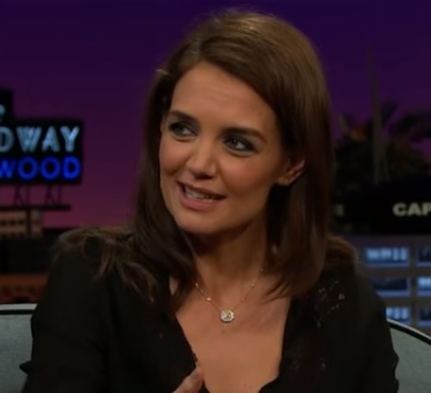 Katie Holmes answers the million-dollar question about whether Dawson or Pacey was the better kisser