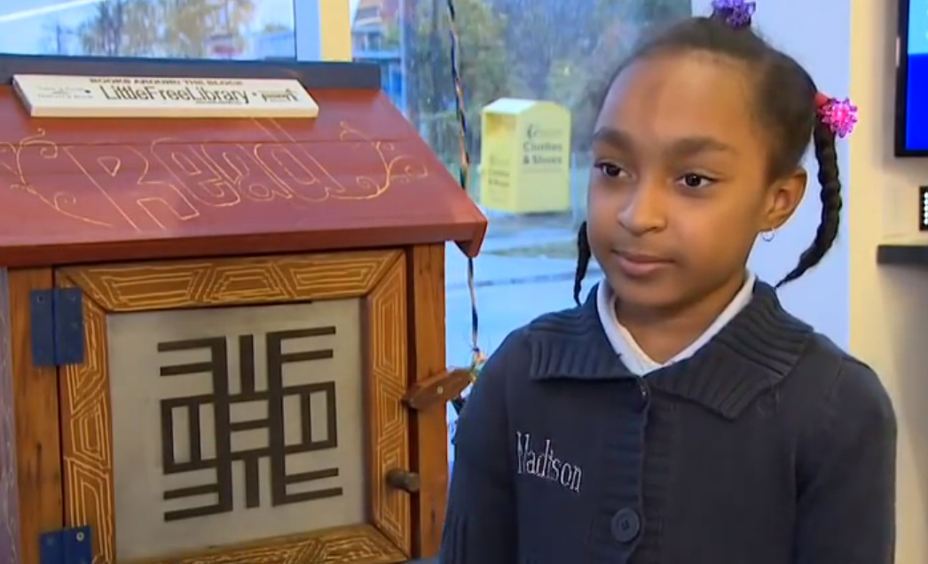 This little bookworm is given a tiny library, freakout that follows is the greatest