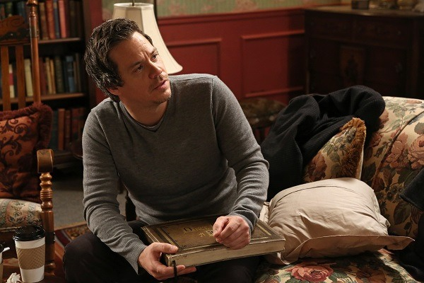 "Time to freak out: Neal is coming back to ""Once Upon A Time"""