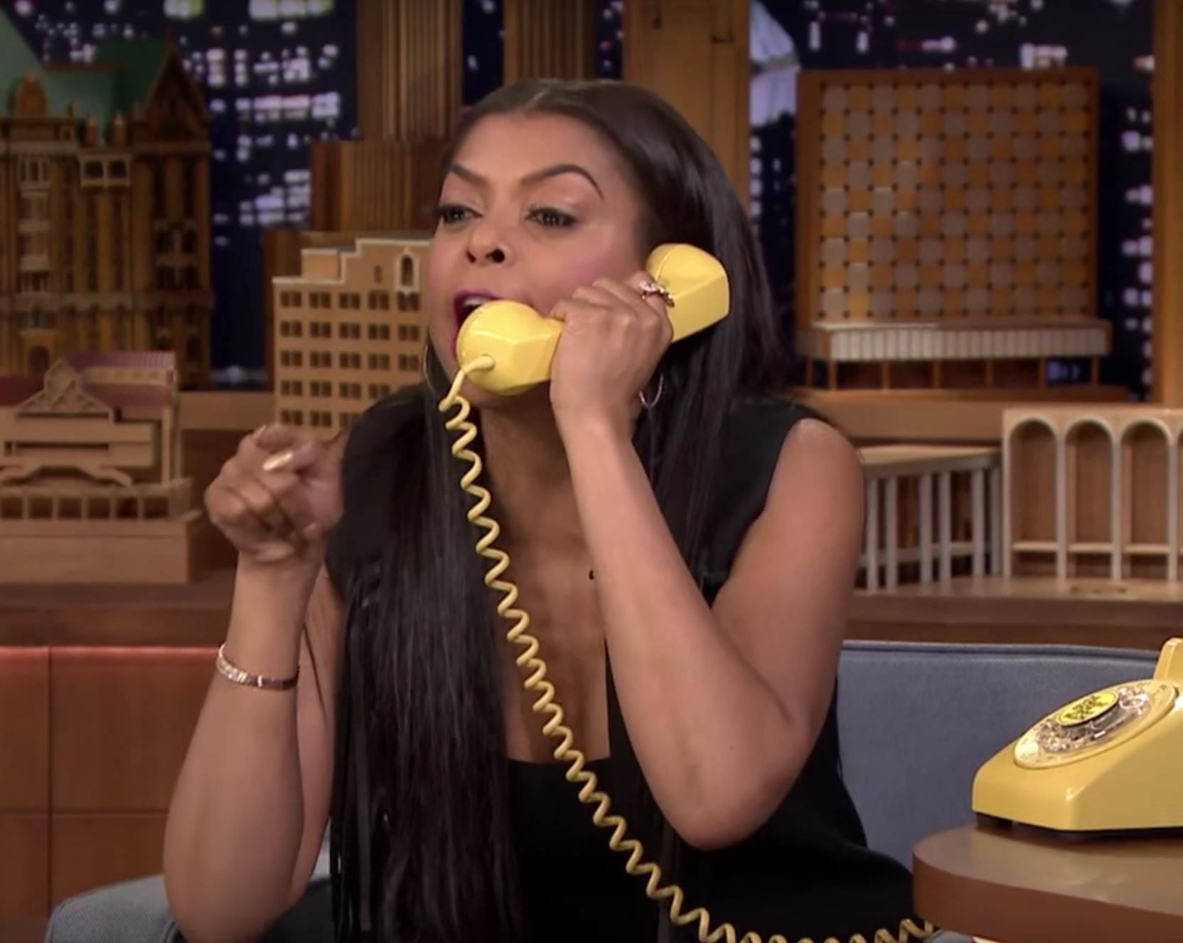 "Taraji P. Henson is amazing at Jimmy Fallon's ""Acting Game"""