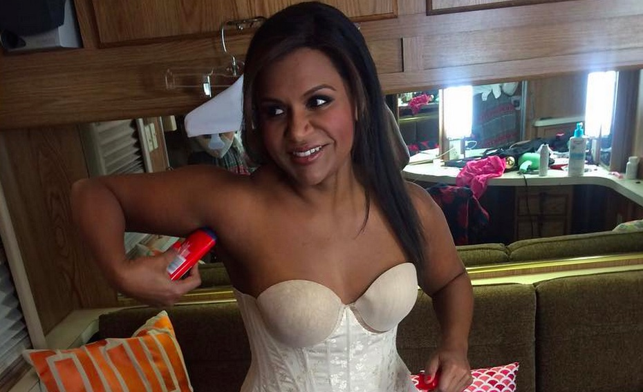 Mindy Kaling getting ready for an award show is truly all of us