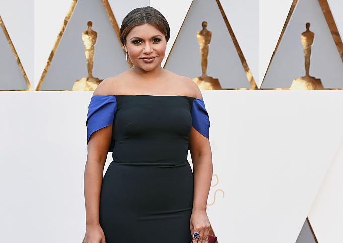 We can't stop staring at Mindy Kaling's Oscars dress