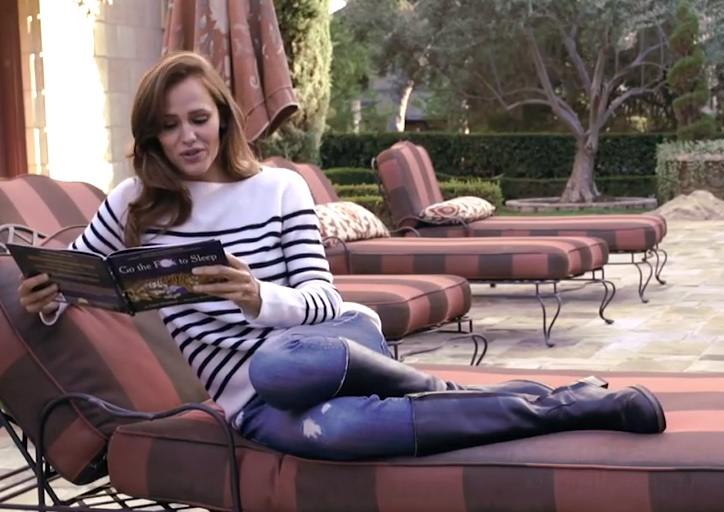 You need to listen to Jennifer Garner swear as she reads this lullaby