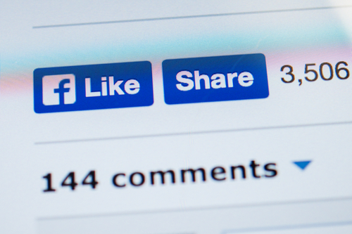 "Here's a scary reason why you maybe shouldn't be using the ""like"" button on Facebook"