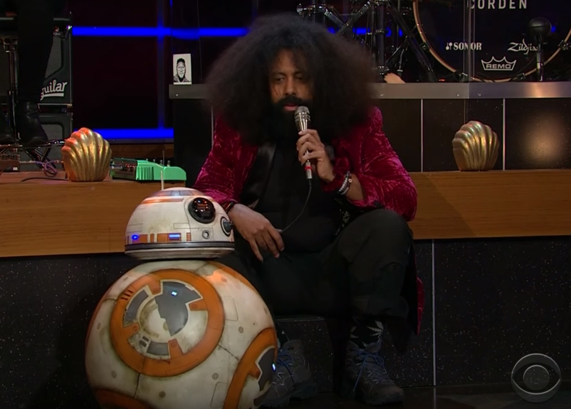 """BB-8 joined Reggie Watts on """"The Late Late Show"""" for a song"""