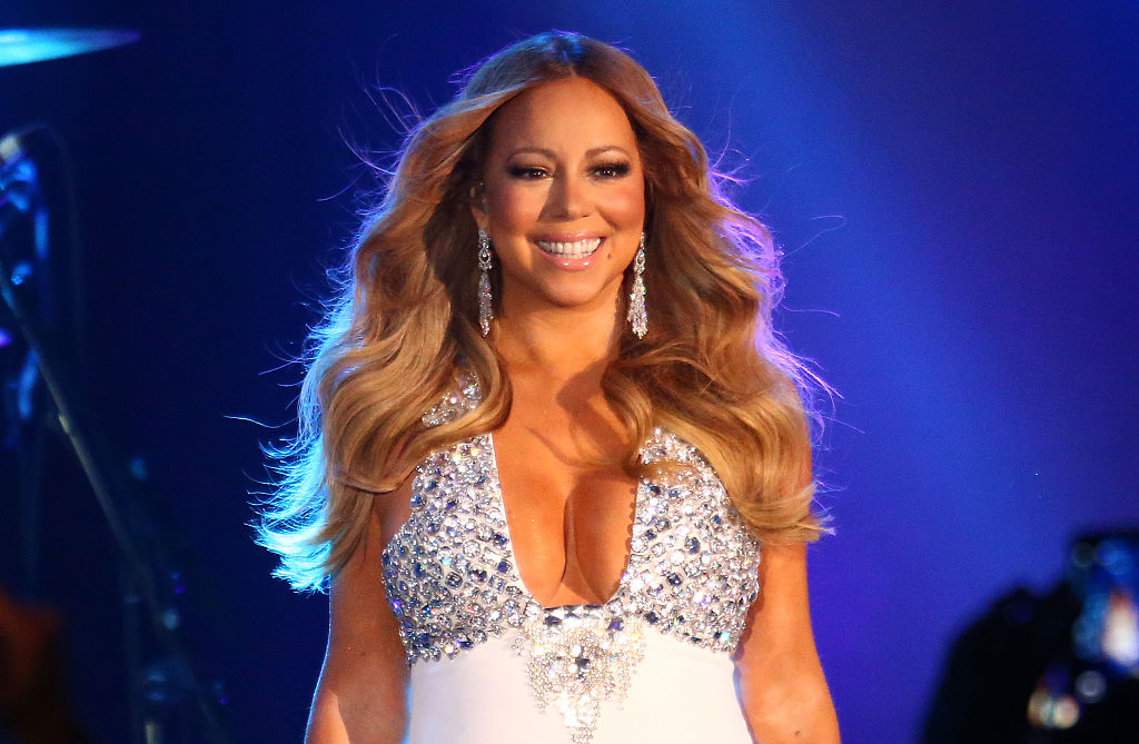 Mariah Carey finally divulges the secret about why she doesn't age and it's the best thing we've ever read