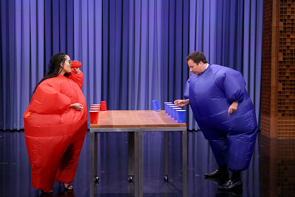 Zoë Kravitz and Jimmy Fallon went head-to-head in a game of inflatable flip cup