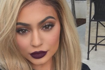 Kylie Jenner just modeled her Kourtney-inspired lip kit color as part of her new look