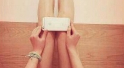 We need to talk about the iPhone 6 challenge, which shames women for having perfectly normal knees