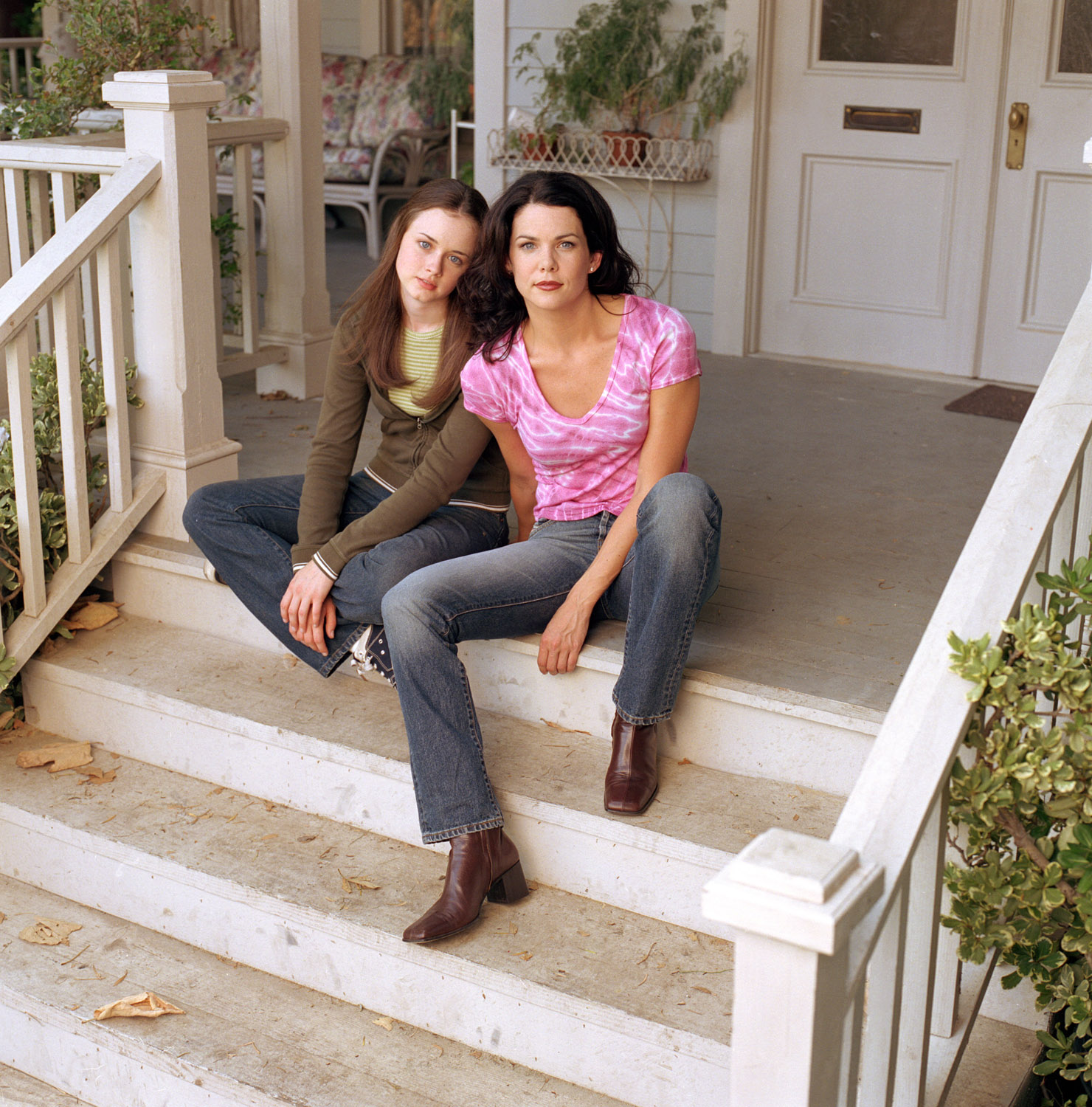 "Yes, the ""Gilmore Girls"" revival WILL reveal those infamous final four words fans have been waiting for"
