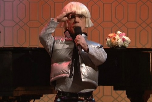 "Peter Dinklage and Gwen Stefani straight-up raised the bar on ""SNL"""