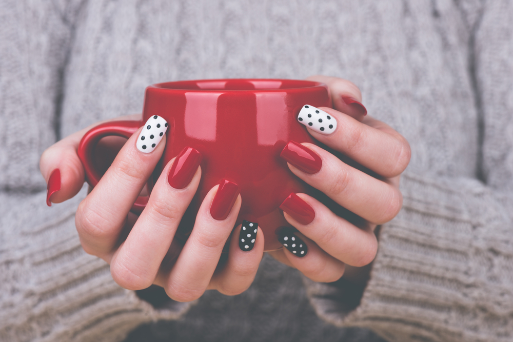 How wearing acrylic nails helped me quit a bad habit and gave me a confidence boost