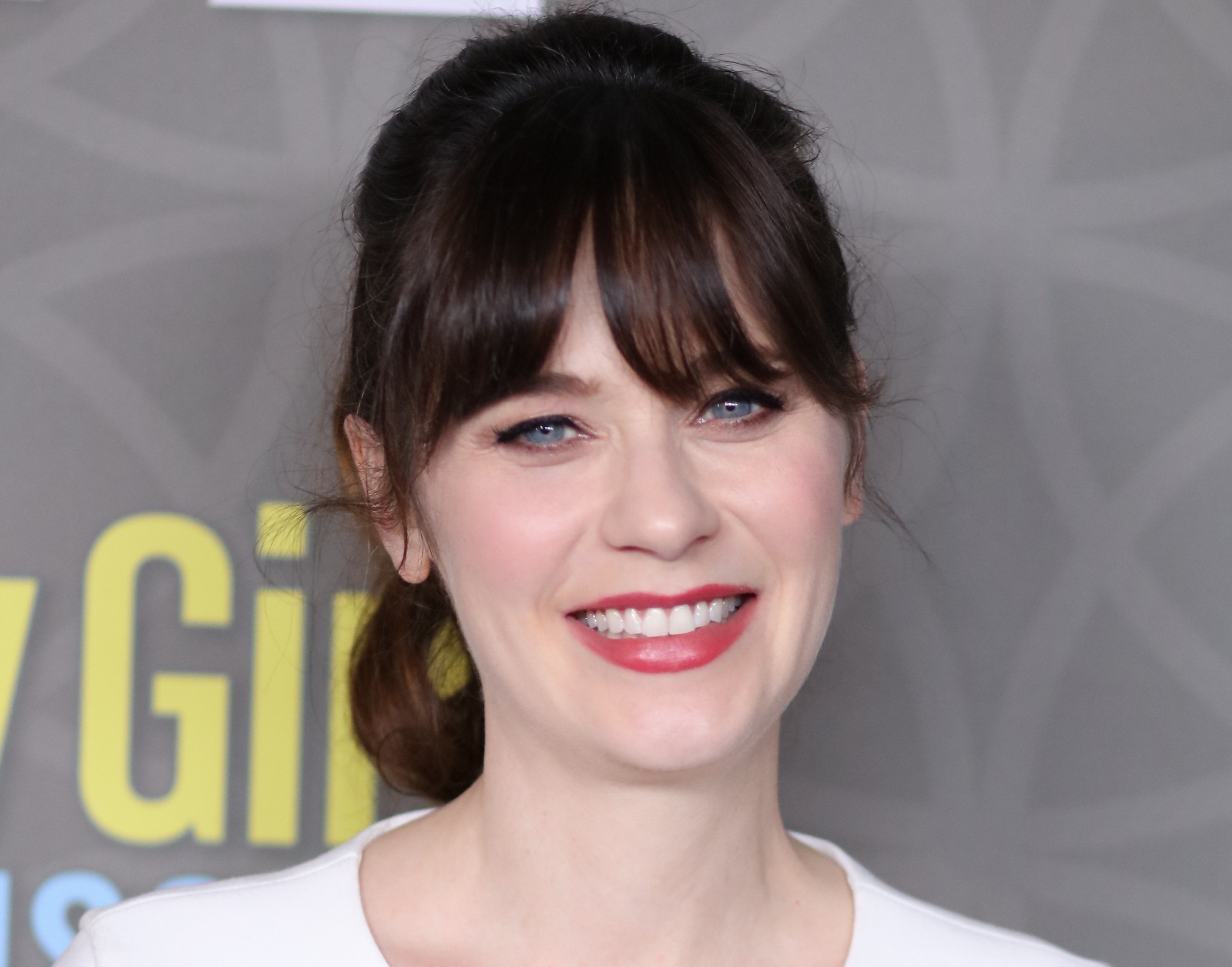 Zooey Deschanel just dropped some major #truth about post ... Zooey Deschanel Body