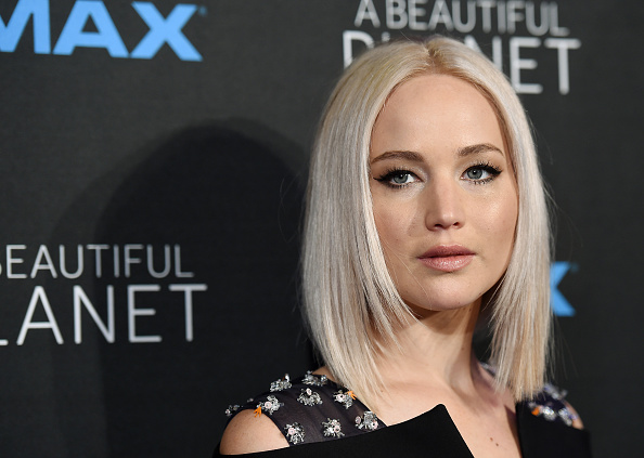 "Here's what Jennifer Lawrence thinks when you call her and Amy Schumer ""plus-size"""
