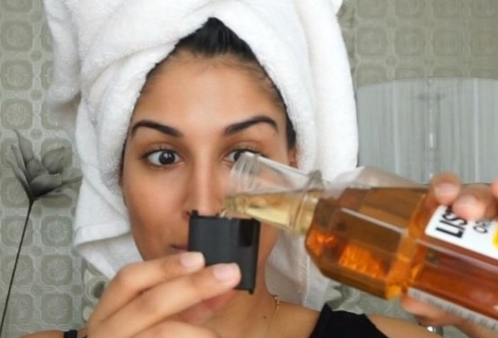 This beauty blogger suggests using mouthwash to solve a common hair problem