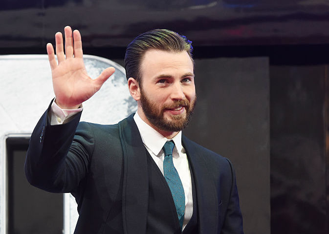 Chris Evans dislikes Disneyland churros and we don't know how to feel about it