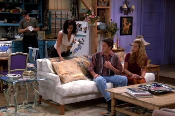 """Here's how much the """"Friends"""" apartment would cost today"""