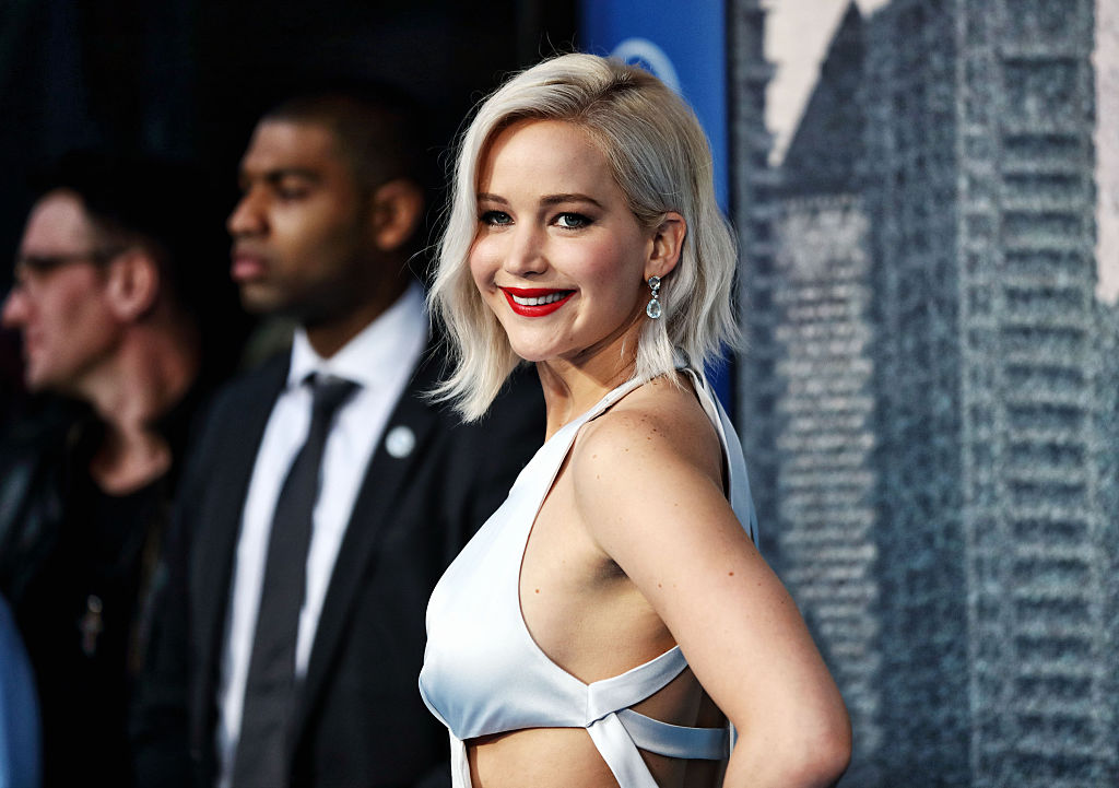"Jennifer Lawrence is reportedly in talks to play a lead in the all-female ""Ocean's 11"" reboot"