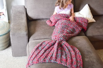 We are full-on obsessed with mermaid blankets