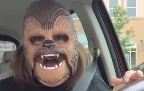 This woman enjoying her Chewbacca mask is the funniest thing we've seen all week