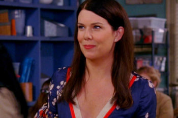 "Lauren Graham is releasing a book of ""Gilmore Girls"" essays and we couldn't be more excited"
