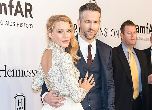 Ryan Reynolds just won our hearts with this sweet thing he did for Blake Lively at the Cannes
