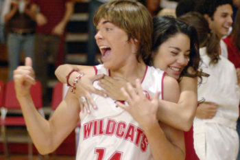 "Zac Efron just proved he's still a Wildcat at heart with this ""HSM"" throwback pic"