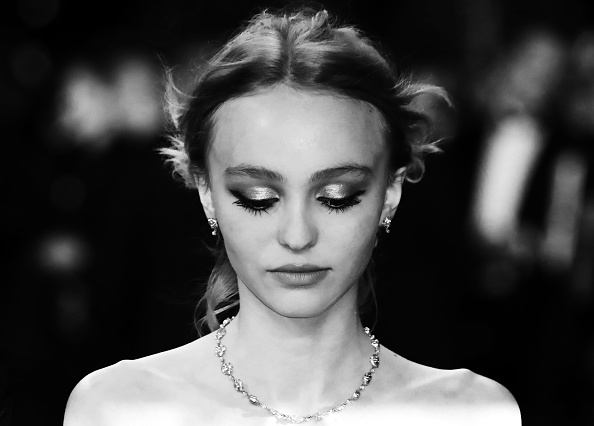 Lily Rose Depp S Sleek Prom Dress Is Giving Us All The