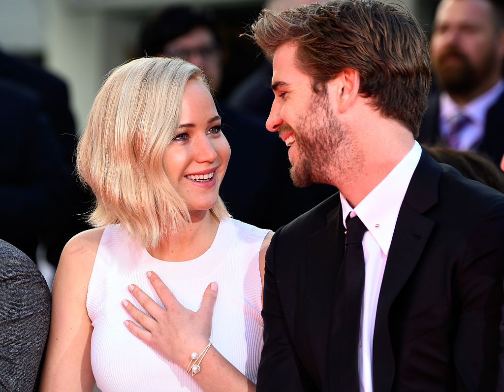 "Jennifer Lawrence said the most random things to Liam Hemsworth to throw him off before takes on ""The Hunger Games"""