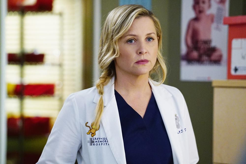 "You'll never believe who the actress who plays Arizona on ""Grey's Anatomy"" originally auditioned to play"