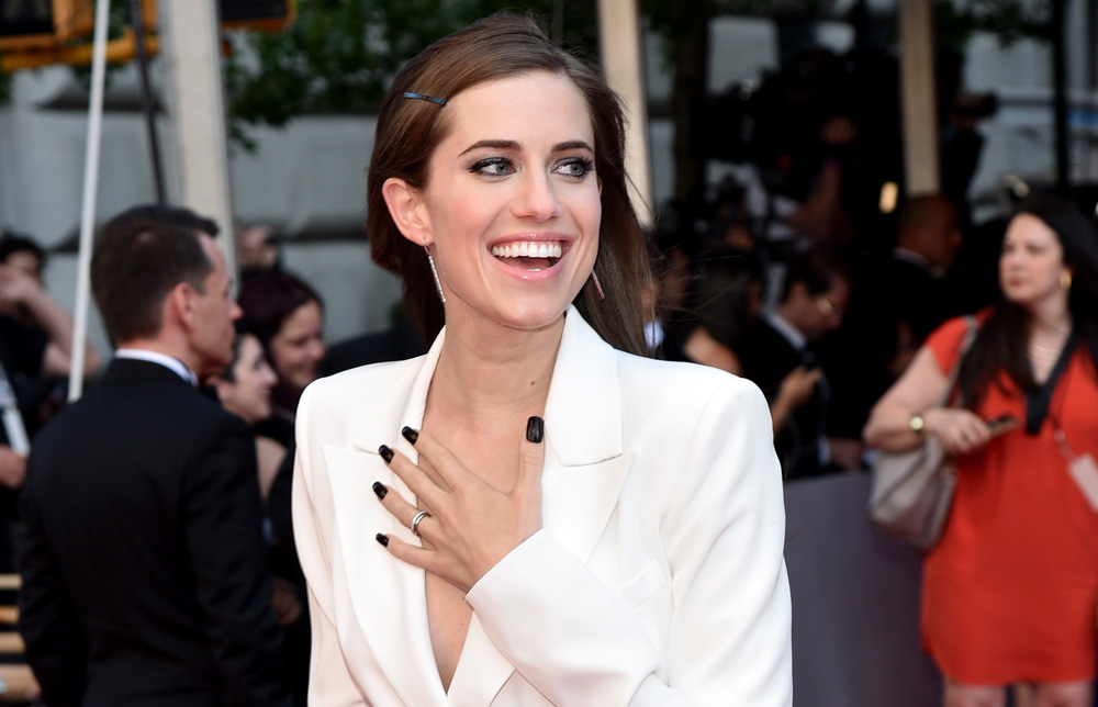 Allison Williams slayed in a pure white pantsuit at the Tony Awards