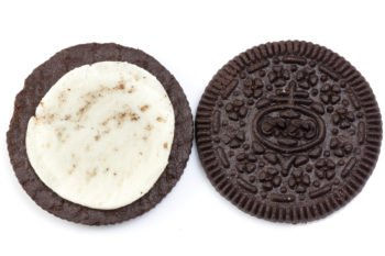 The internet is losing it over this majorly META Oreo flavor