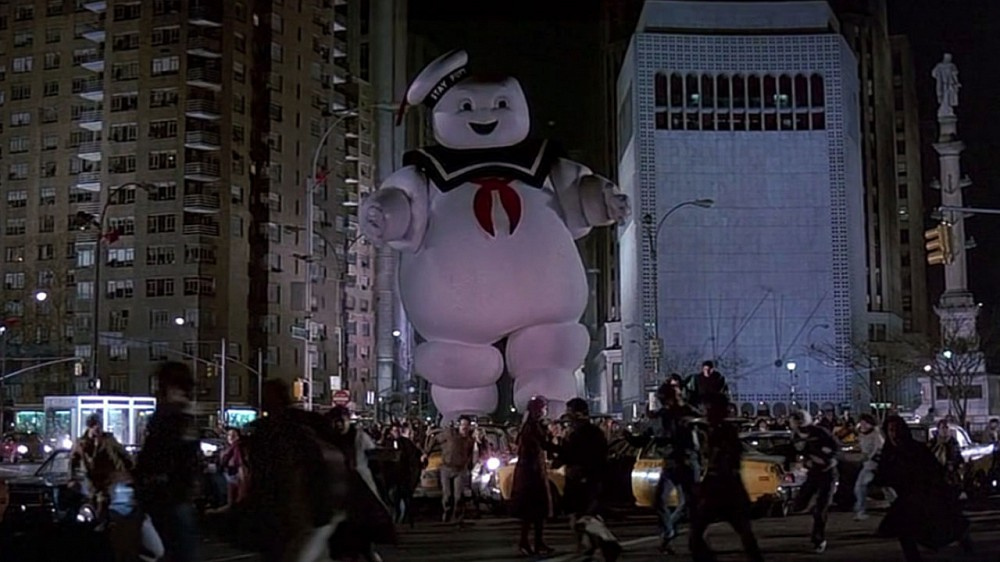 Stay-Puft-Marshmallow-Man-Attacks-New-Yo