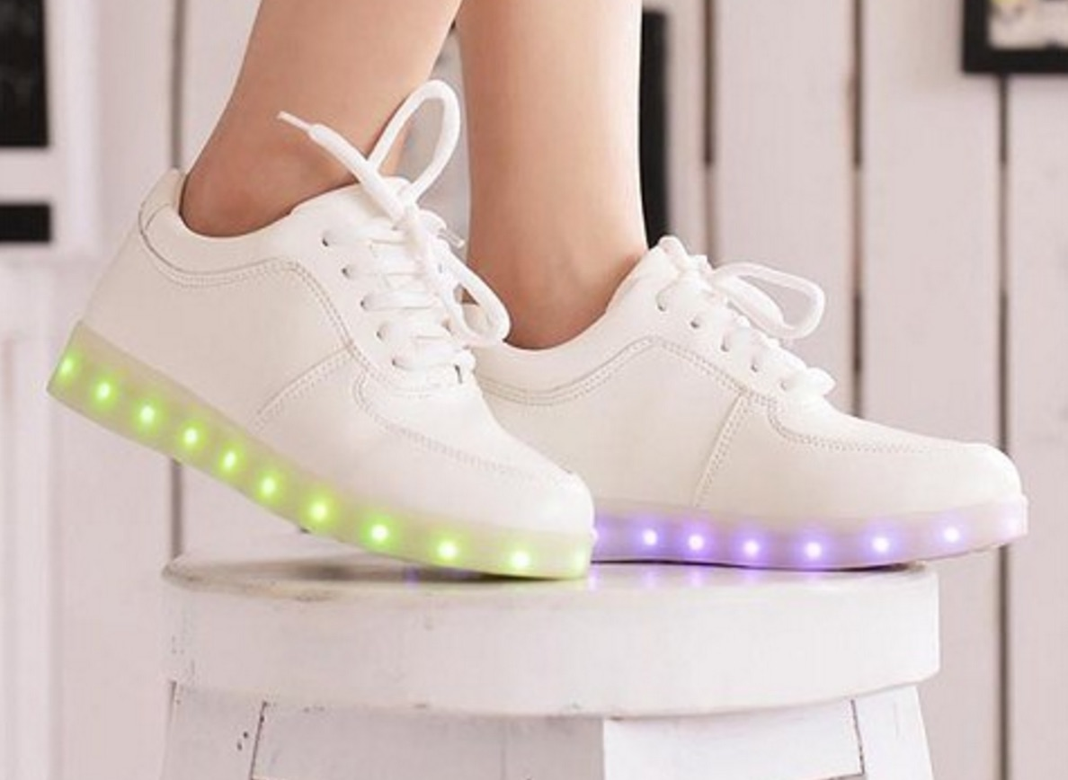 10 light-up sneakers that are keeping our childhood dreams alive