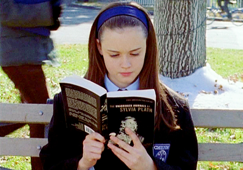 Book-lovers are officially more attractive, because obviously
