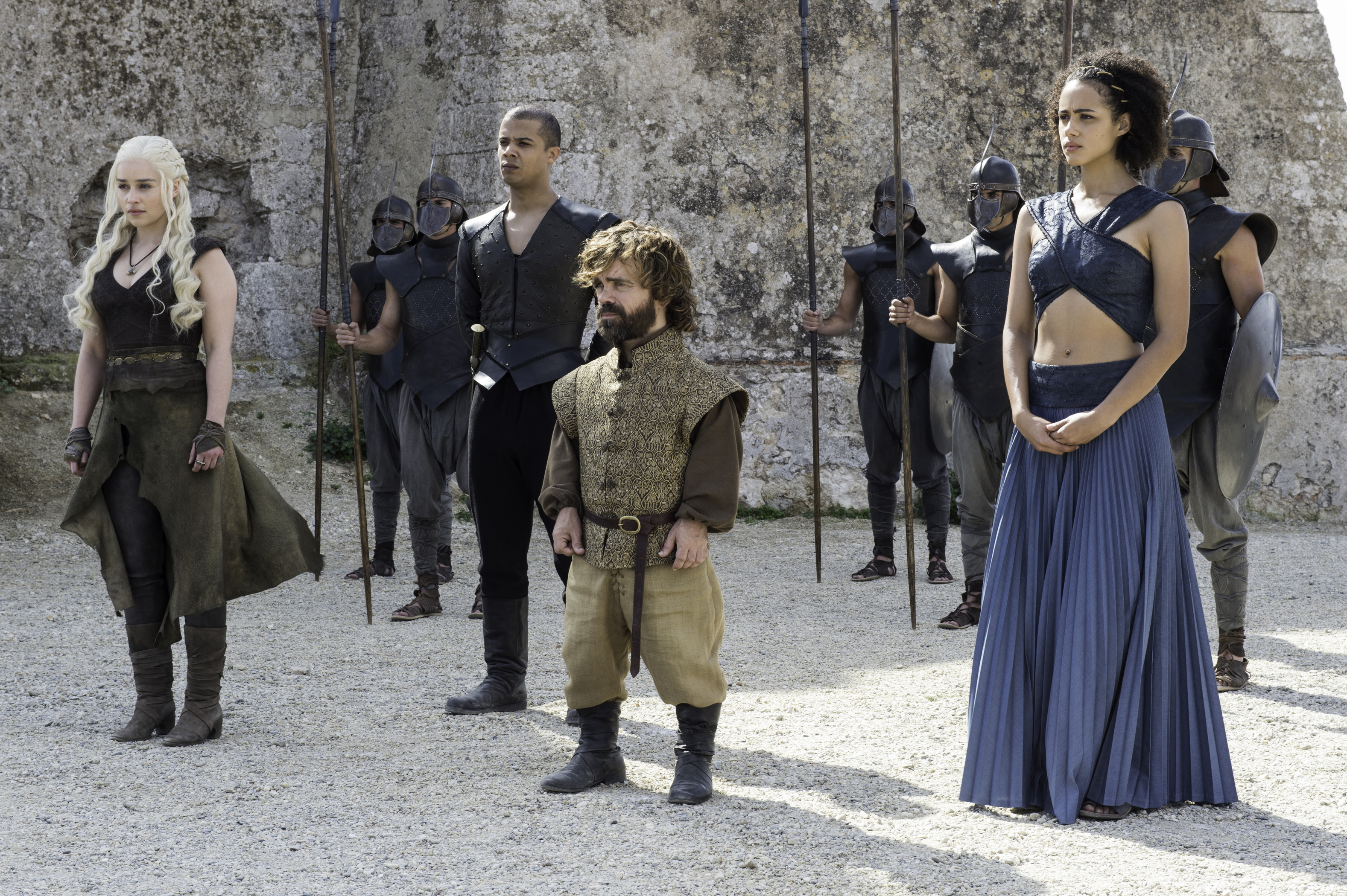 "This is how much money the cast of ""Game of Thrones"" will make next season"