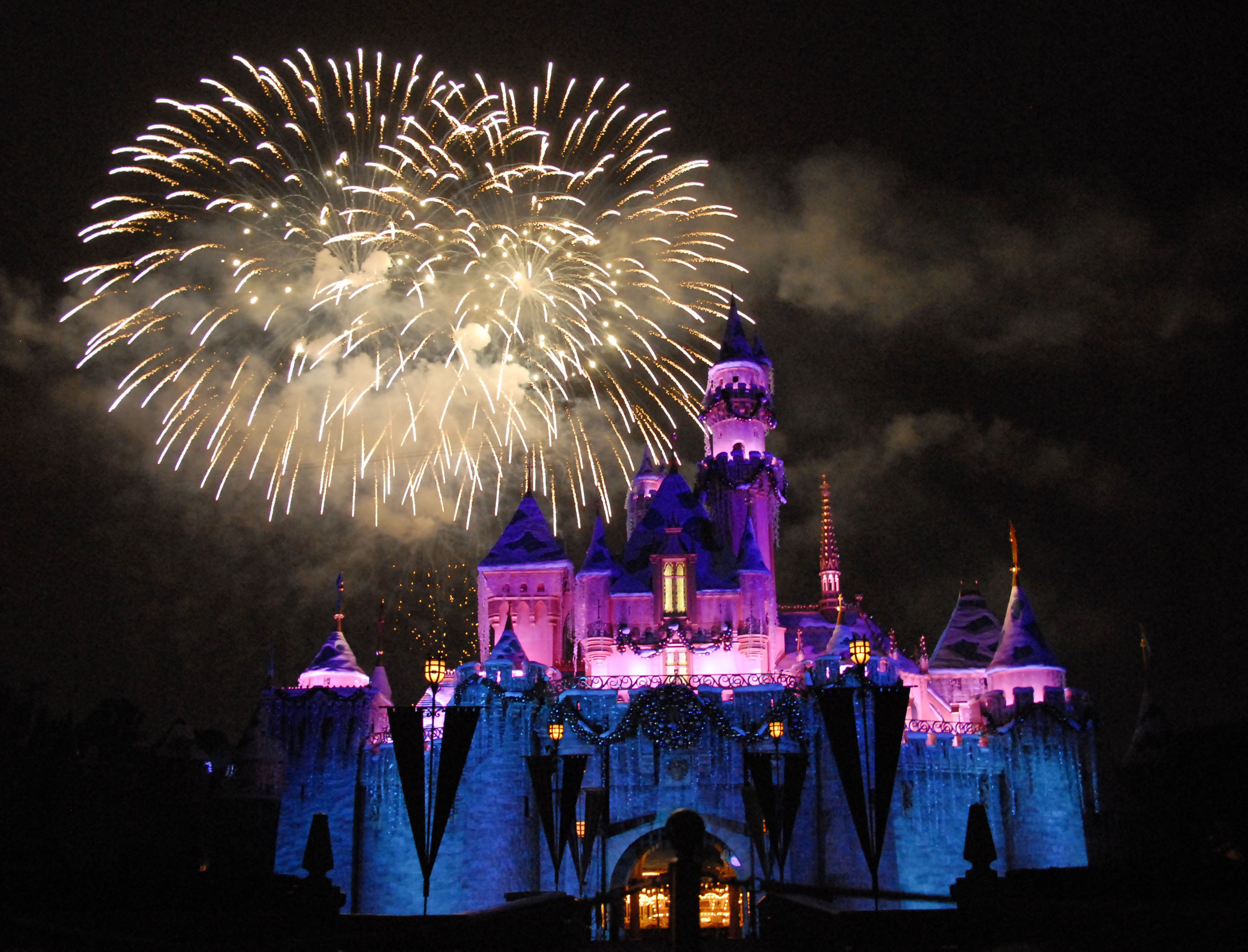 Hold up, is Disneyland doing away with its fireworks show?