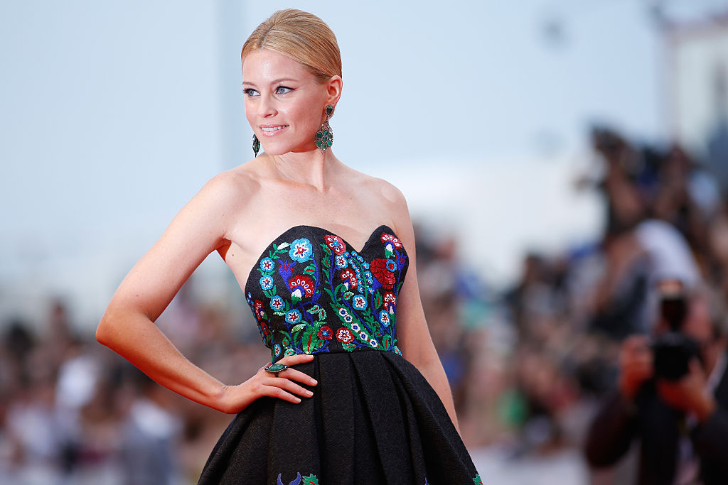 "Say what? Elizabeth Banks was told she was ""too old"" for ""Spiderman"""