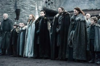 "This moment in the first episode of ""Game of Thrones"" MAY have predicted the Starks' deaths"