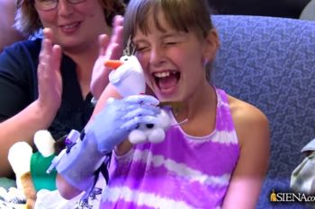 "This 9-year-old just got a 3D-printed prosthetic arm — with a ""Frozen"" theme!"