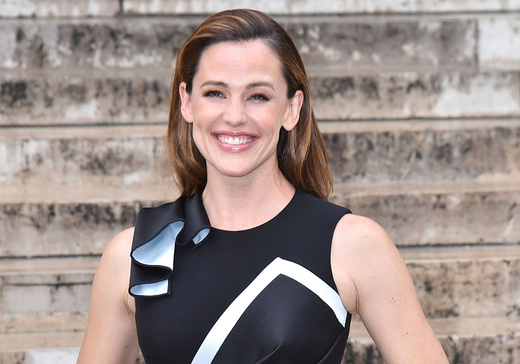 People can't stop talking about how amazing Jennifer Garner looks at Paris Fashion Week