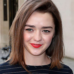 Here's where to get Maisie Williams' insanely cute cat overall dress