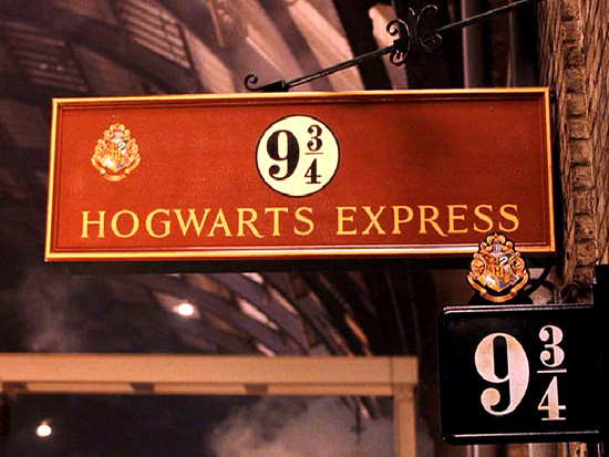 "Stop everything, because there's a ""Harry Potter"" walking tour of London"