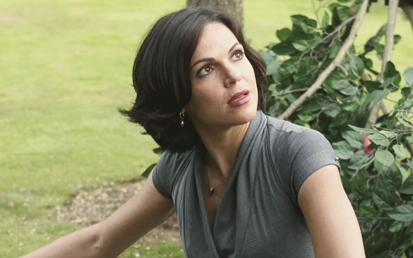did lana parrilla just chop off all her hair to get back